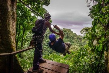 zip-lining-la-fortuna-featured