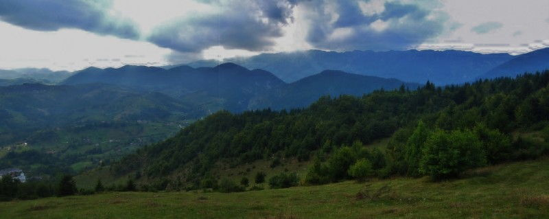 Travel Photo Roulette Piatra Craiului Mountains Romania - Where's Waldner