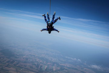 parachute-cc