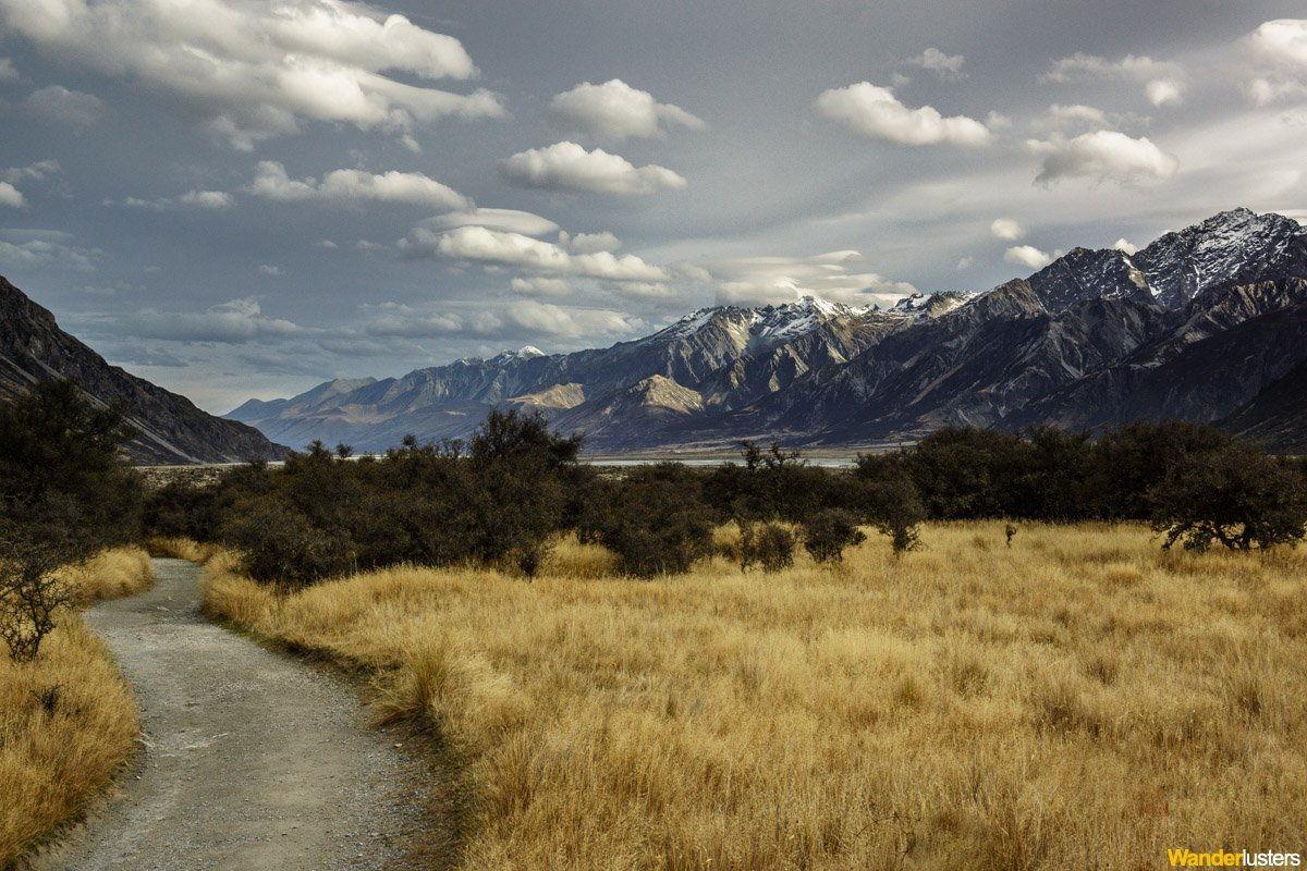 retreating-tasman-glacier-mount-cook-national-park