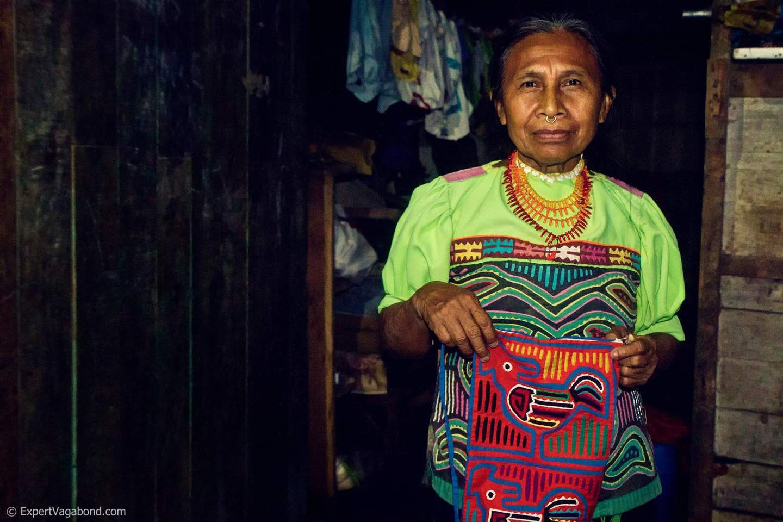darien-kuna-indian-woman-expert-vagabond