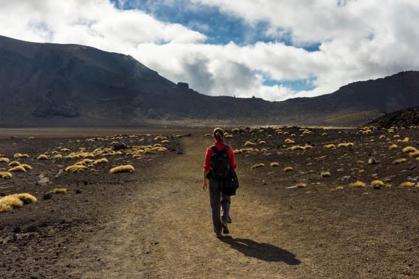 charli-hiking-tongariro