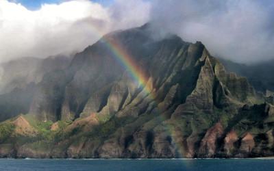 na-pali-coast-rainbow-featured