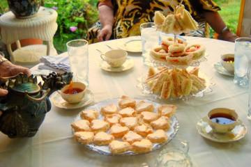 afternoon-tea-table