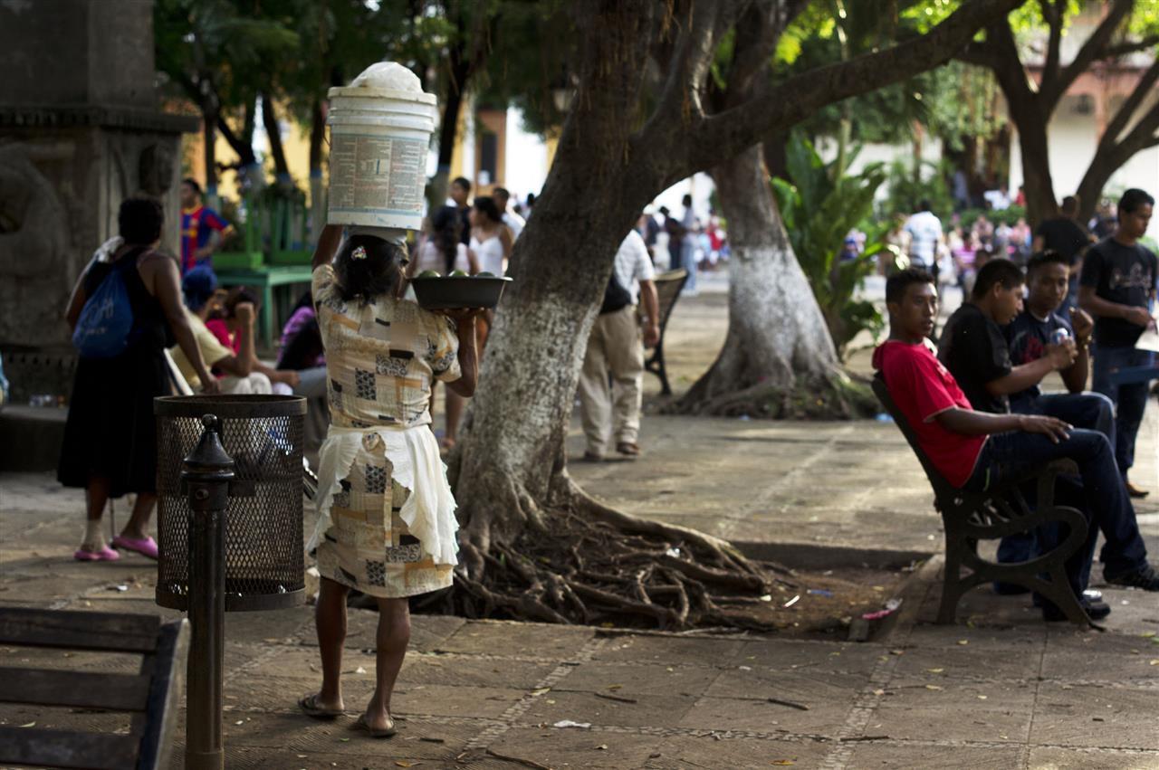 mainsquare-granada-nicaragua