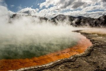 wai-o-tapu-featured