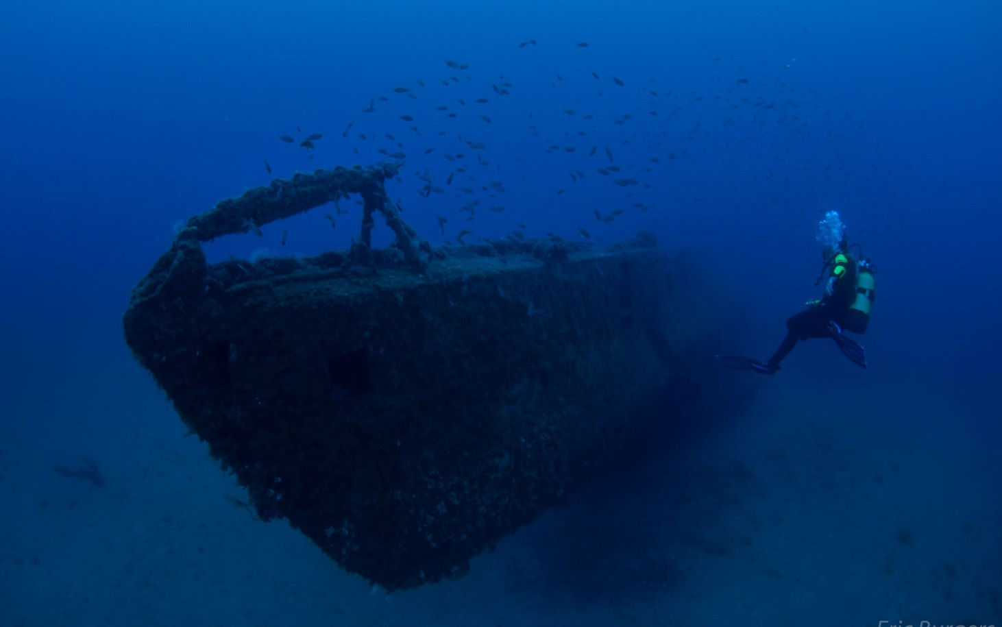 Diving The Wreck Of Australia's SS Yongala – https://wanderlusters.com