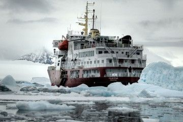 backpacking-antarctica-featured