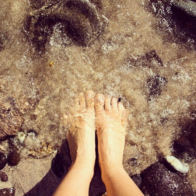 instagram-snapshots-of-the-coromandel-feet-ocean