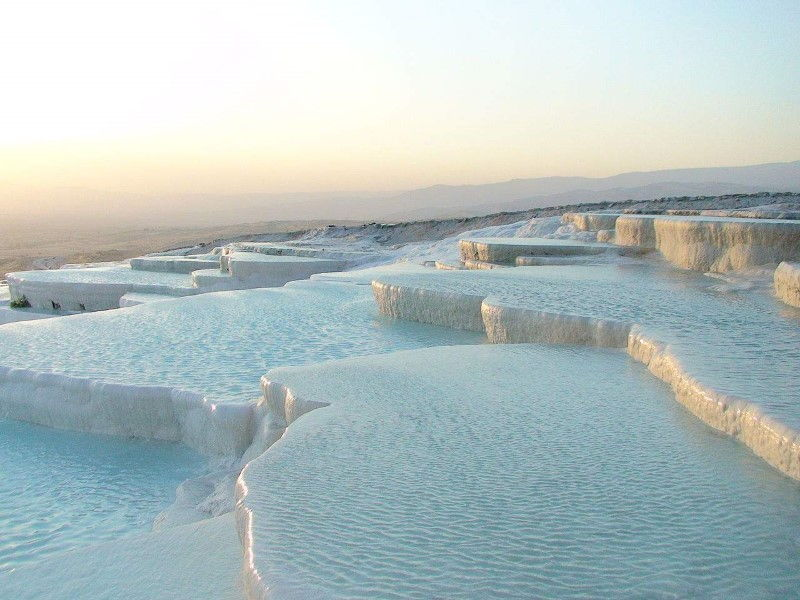 pamukkale-hierapolis-travertine-pools-inspiring-natural-design