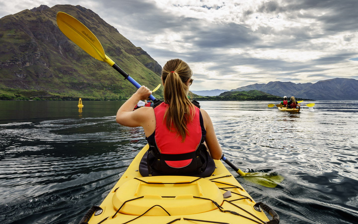 https://wanderlusters.com/wp-content/uploads/2014/01/wanaka-kayak-sup-featured.jpg