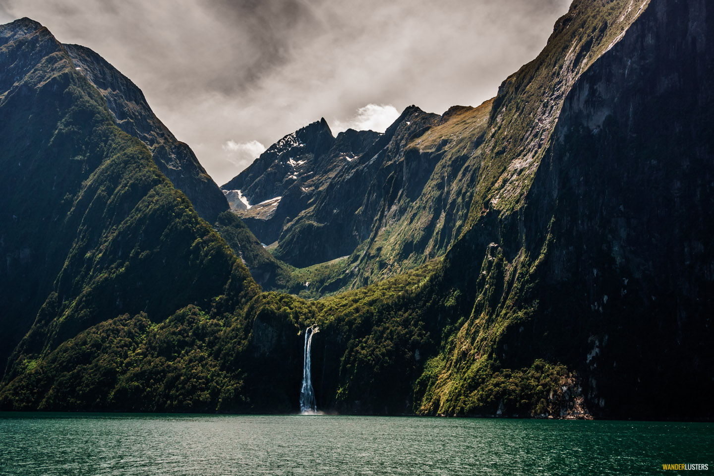 indomitable-milford-sound-waterfall
