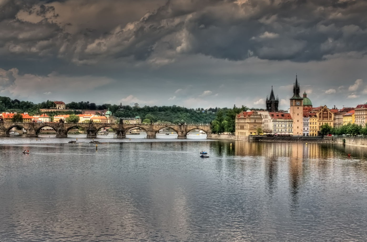 Vlatva River, Prague Pedro Szekely