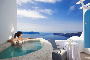 experience-greece-above-blue-suites