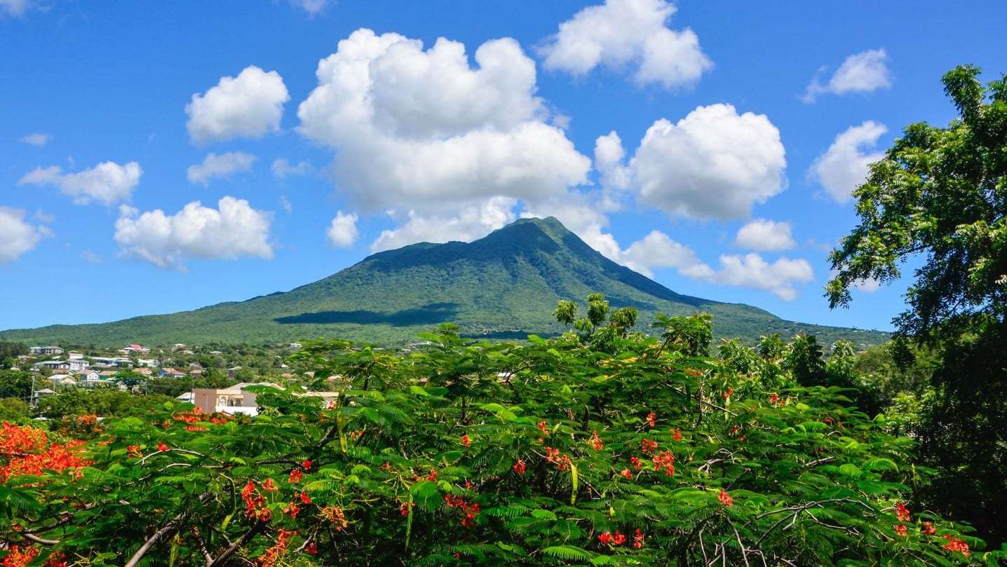 Guide To Nevis - Mount Nevis