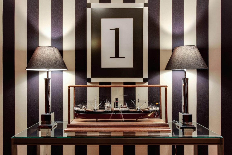 hotel-1898-interior