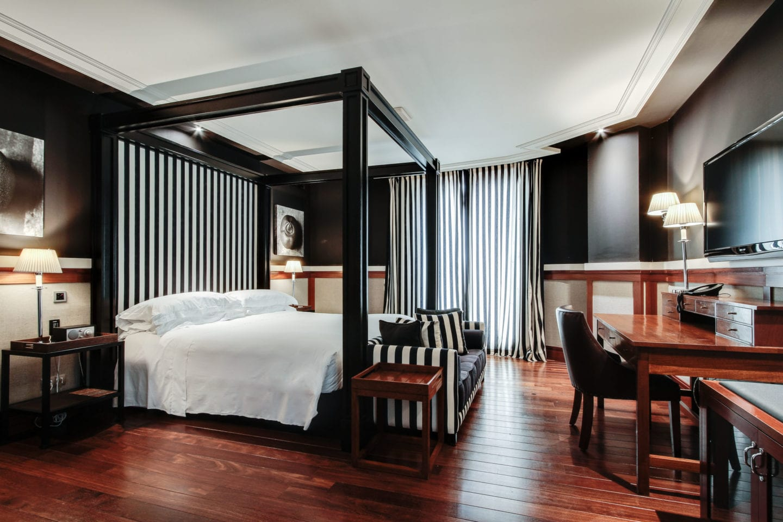 hotel-1898-room