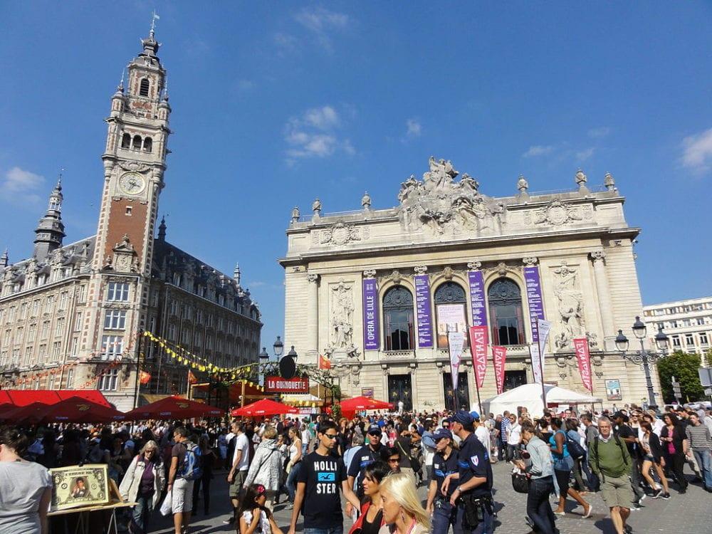 1024px-Lille_-_Braderie_de_Lille_de_2012_wikimedia